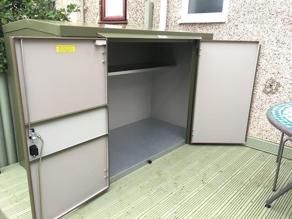 4 Ft Tall Caravan Storage Box
