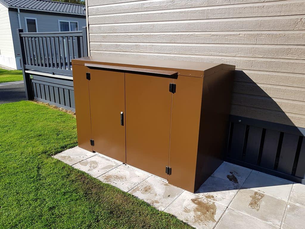 4 Ft Tall Storage Box